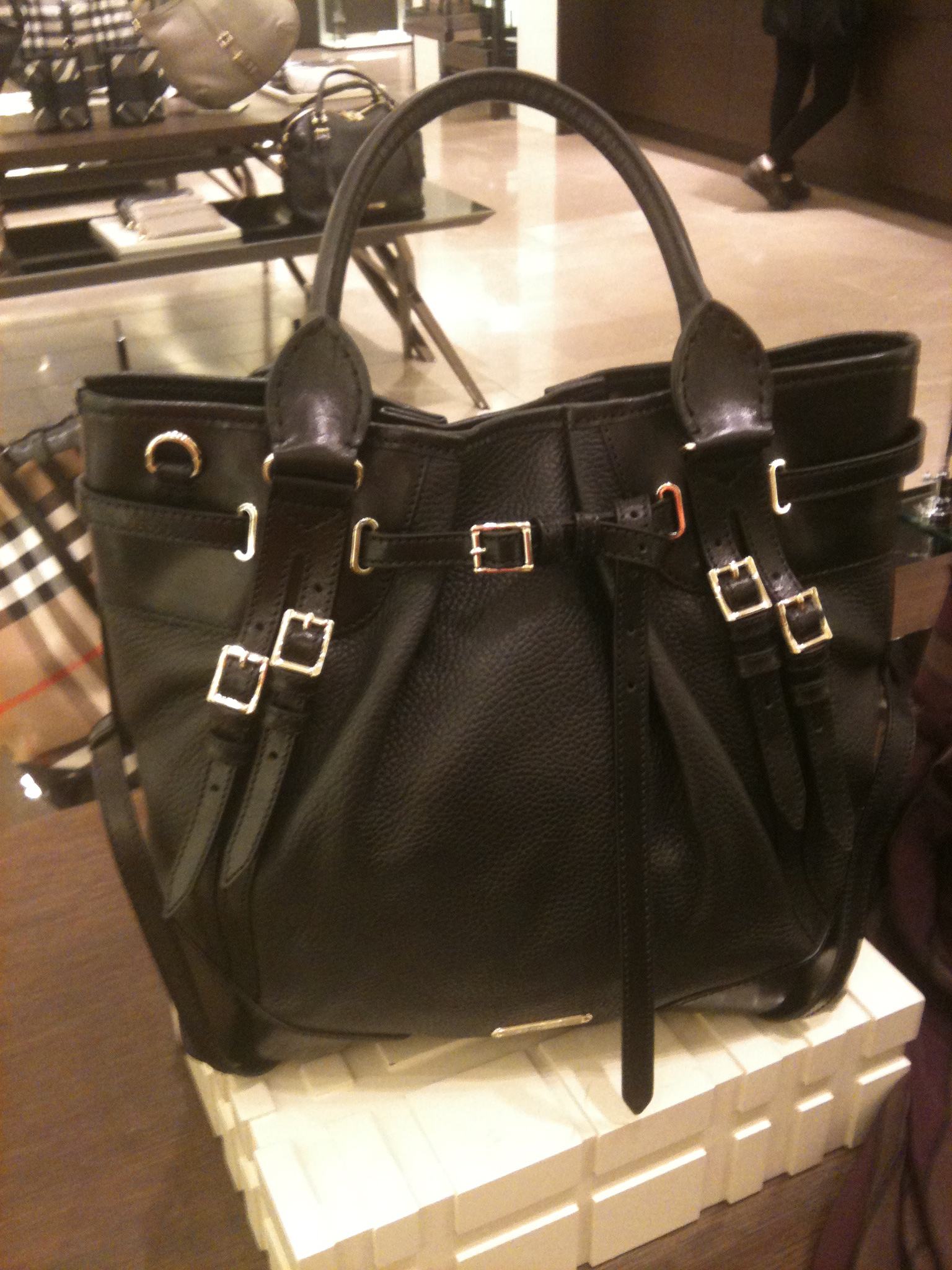 burberry bags outlet sales x9g3  burberry black bags
