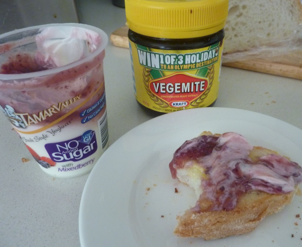 Berry Yoghurt toast...