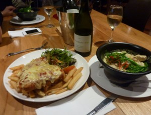 Dinner at the Aireys Inlet Pub