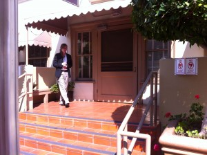 Katy gives us the low-down on the backsteps used for the beach house scene in Top Gun