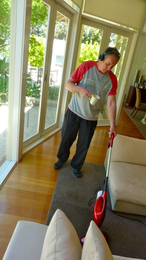 Fletch using the Beldray steam mop...